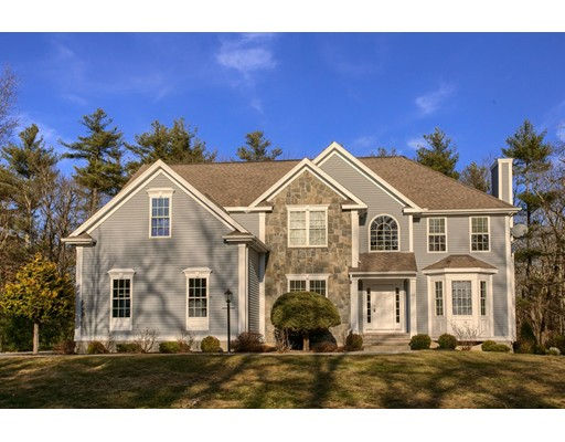 221 Webster Woods Lane, North Andover, MA