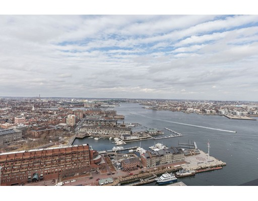 Condominium/Co-Op for sale in Harbor Towers, 37G Waterfront, Boston, Suffolk