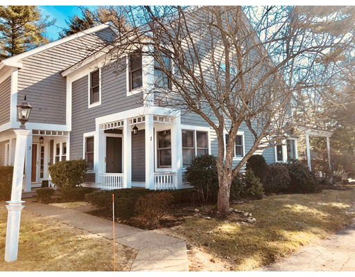 1 Walnut Ct, Rockland, MA 02370
