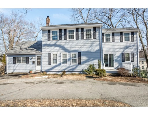 103 County Road, Reading, MA