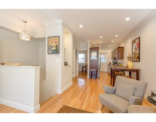 110 Chelsea St, Boston, MA 02128
