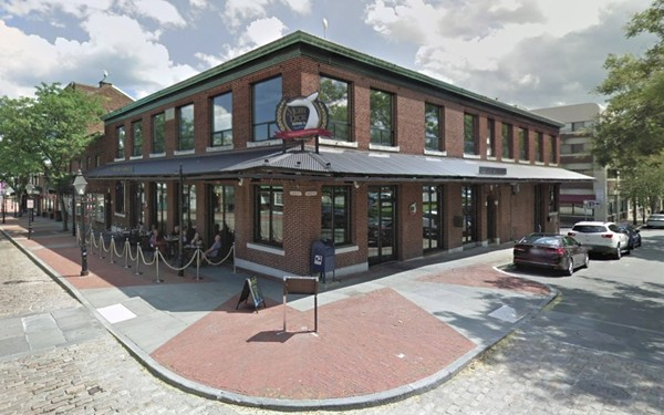 Beautiful Historic Building has 2 separate office spaces available ! One is 1,313 SF & other is 1,385 SF on the Second Floor ! First Floor   Tenant is Moby Dick Brewing Company , a new popular restaurant &  brewery in historic downtown district!   2nd floor divided into 3 equal & separate office units.