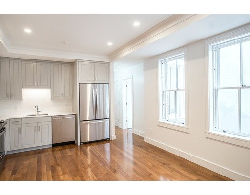 11 Temple Street, Boston, MA 02114