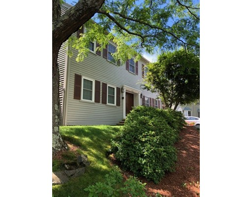16 Valiant Way, Salem, MA 01970