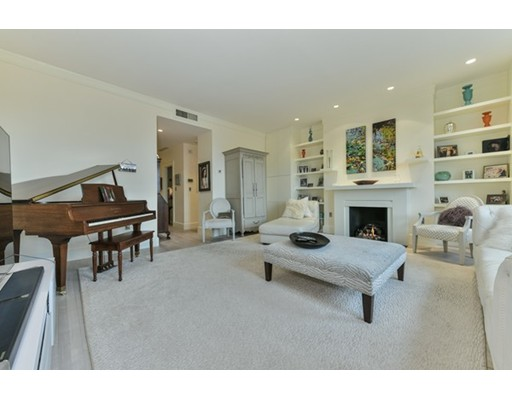33 Brimmer, Boston, MA 02108