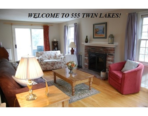 555 Twin Lakes Drive, Halifax, MA 02338