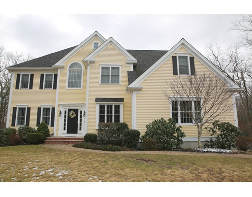 4 TEN ROD Way, North Reading, MA