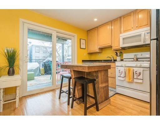 34 Baxter Street, Boston, MA 02127