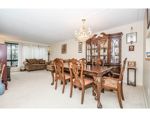 200 Ledgewood Drive, Stoneham, MA 02180
