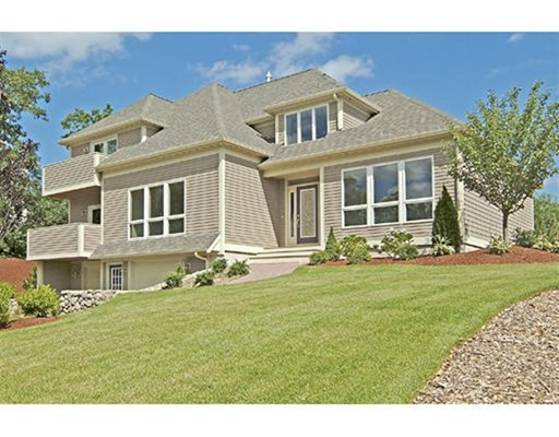 30 Monisa Kay Dr, Plymouth, MA 02360