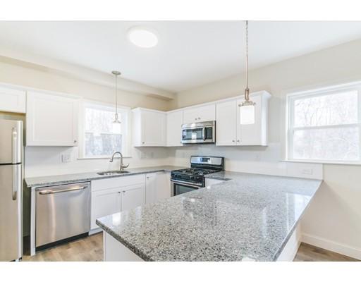10 Elliot Place, Peabody, MA 01960