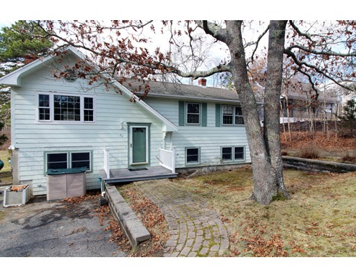 26 Valley Road, Mashpee, MA