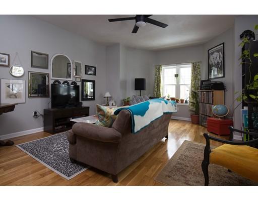 9 Montgomery Avenue, Somerville, MA 02145