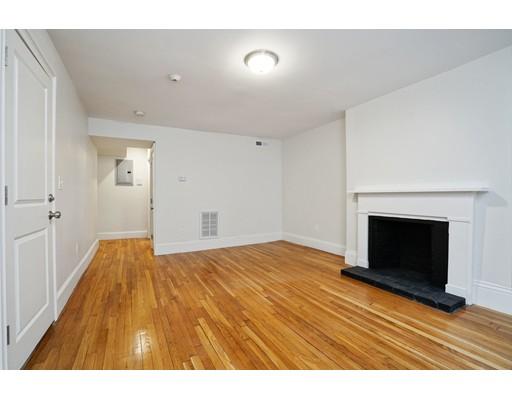 62 W CEDAR, Boston, MA 02114