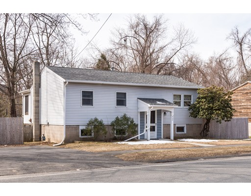468 Elm Street, Northampton, MA