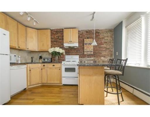 27 Ridgeway Lane, Boston, Ma 02114