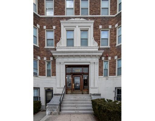 1669 Commonwealth Ave, Boston, MA 02135