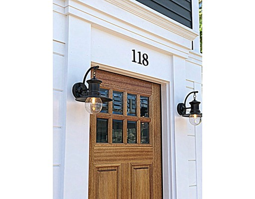 118 Merrimac Street, Newburyport, MA 01950