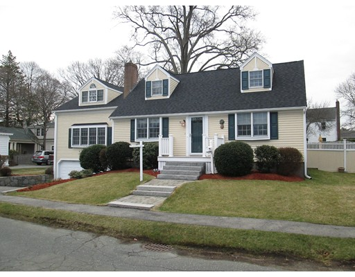 15 Oceanside Drive, Beverly, MA