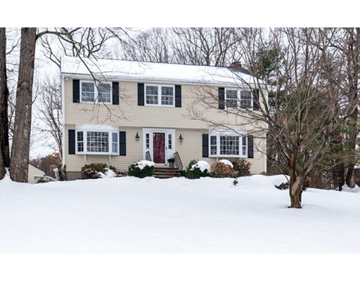 15 Forest Hill Drive, Andover, MA