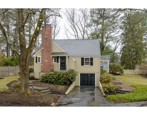 14 Alba Road, Wellesley, MA
