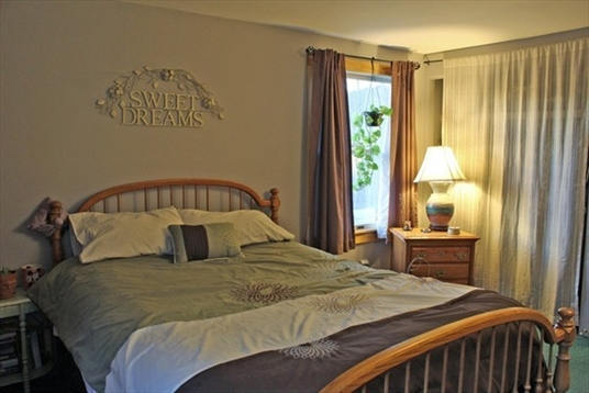 355 Warwick Road, Northfield, MA: $310,000