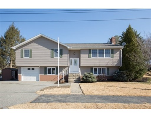 14 Jennifer Road, Wakefield, MA