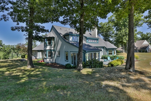 44 Buttonwood Ln, Ipswich, MA, 01938,  Home For Sale