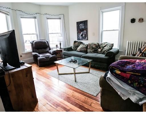 7 Washburn Terrace, Brookline, MA 02446
