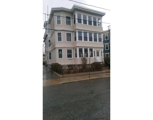 28 Clay Street, Cambridge, MA 02140