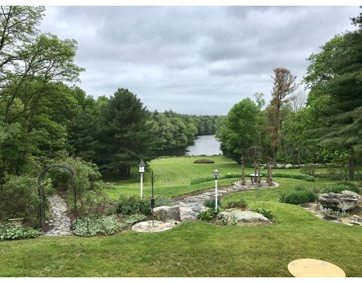 66 Old Common Road, Auburn, MA