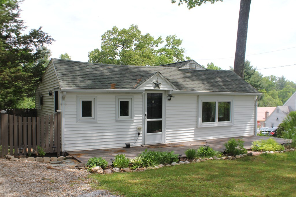 128 North Lake Avenue Congamond Southwick Ma 01077