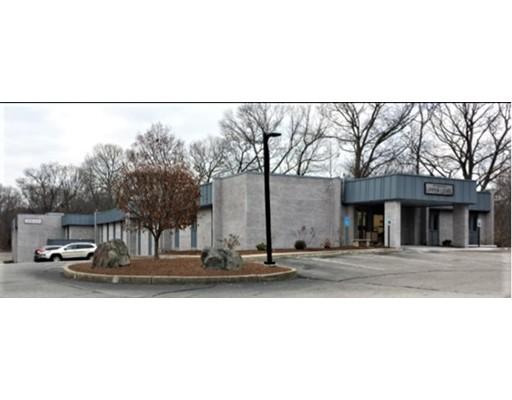 390 Toll Gate Road, Warwick, RI 02886