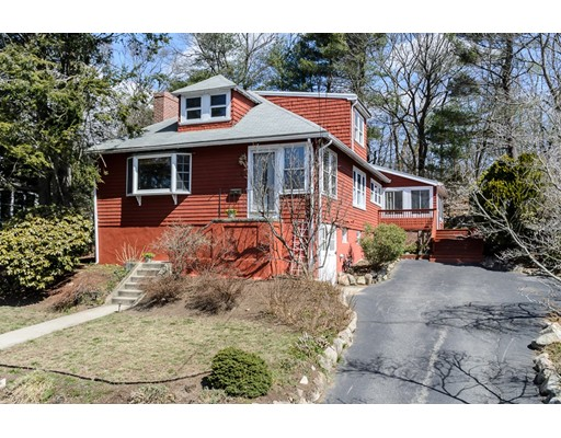 43 Avon Road, Wellesley, MA