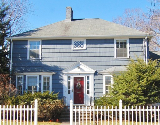 29 Pierrepont Road, Newton, MA