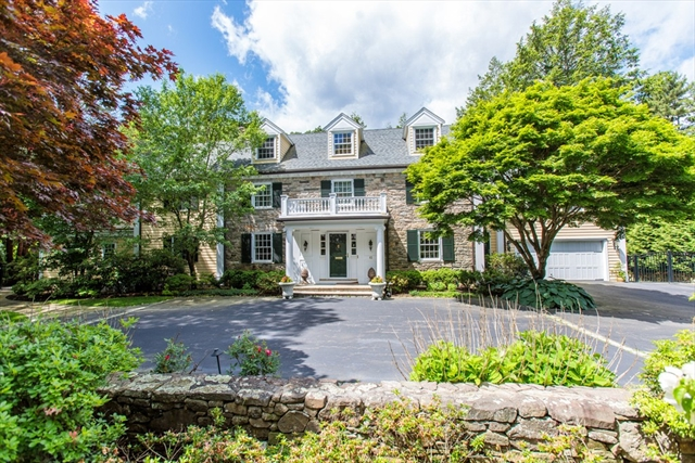 62 Woodcliff Rd, Wellesley, MA, 02481, Wellesley Hills  Home For Sale
