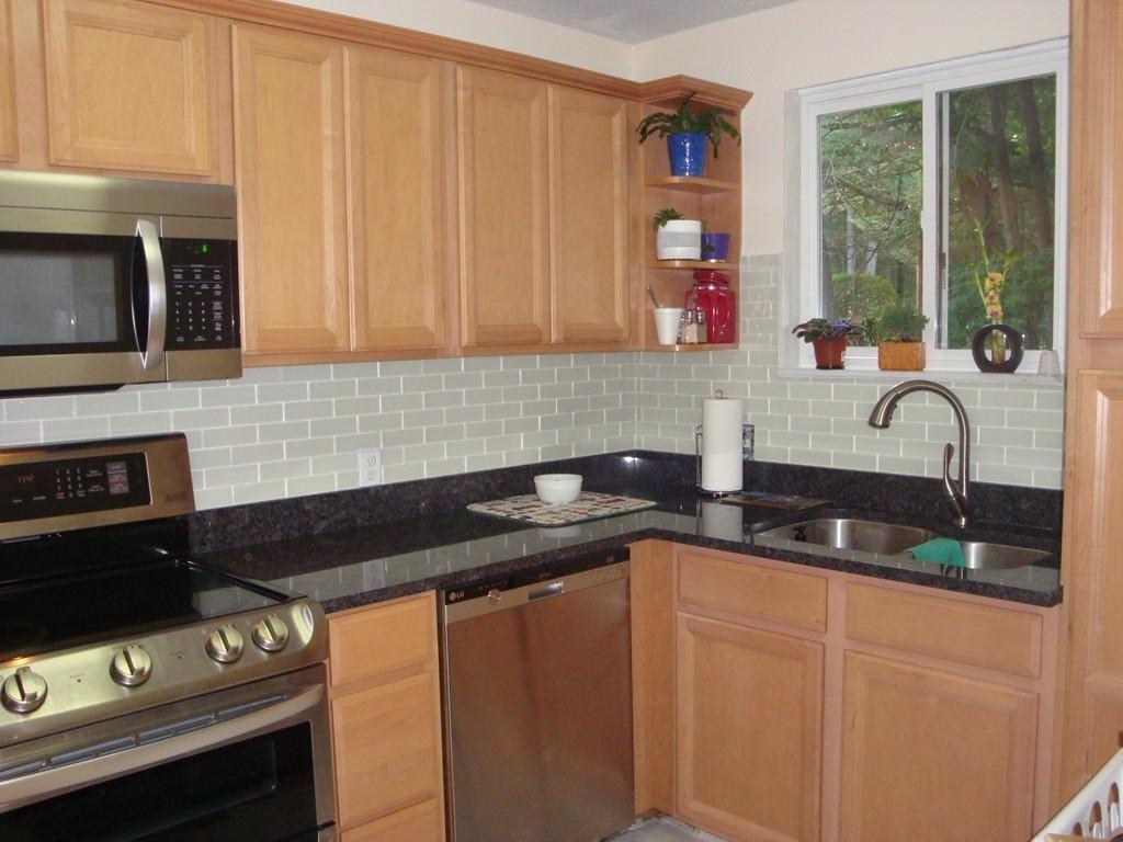 Kitchen Cabinets Easton Ma