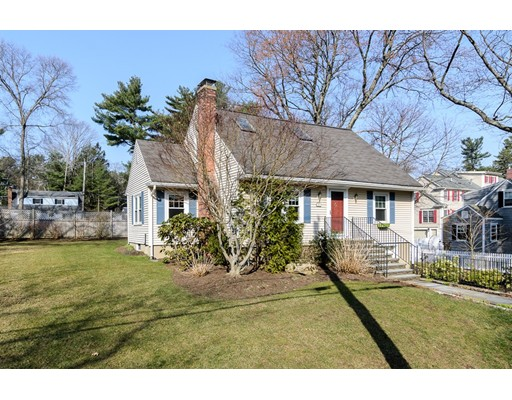 42 Overbrook Drive, Wellesley, MA