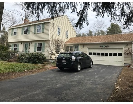 13 Paul Revere Road, Bedford, MA