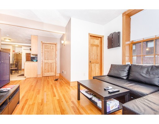 61 Anderson, Boston, MA 02114
