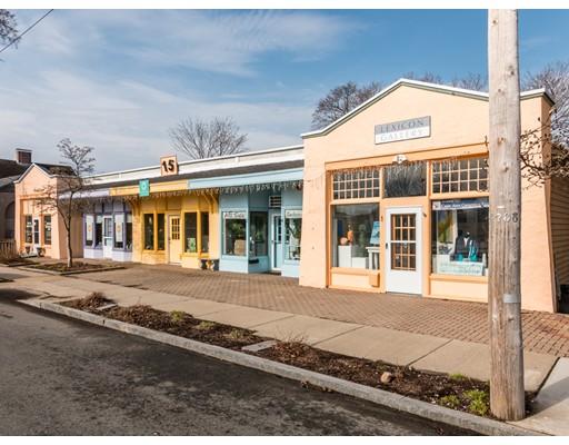 11 Lexington Avenue, Gloucester, MA 01930