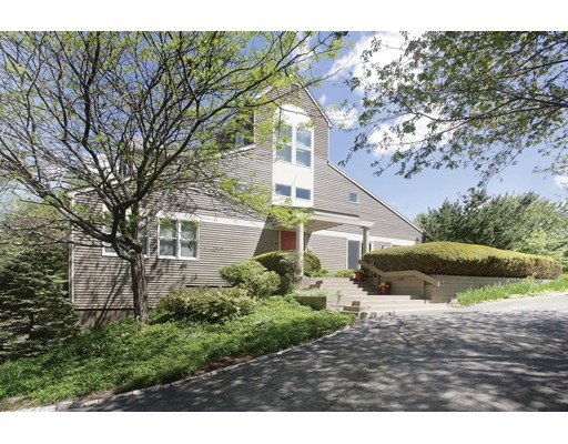 13 Fieldstone Lane, Natick, MA