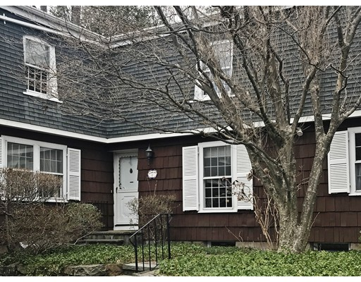 32 Linden Street, Wellesley, MA 02482
