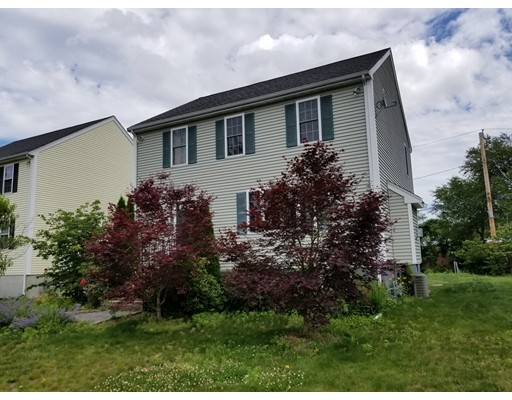 Spacious 4 bed 3 1/2 bath family home, fireplace, finished basement with separate bedroom and full bath. Granite kitchen with all modern appliances,separate dining room, new construction with large fenced in yard 3 car driveway.  Available Aug 1.