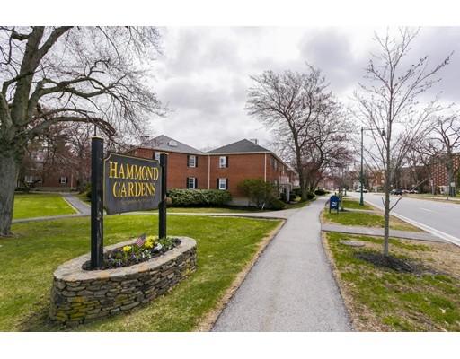 9 Hammond Pond Parkway, Newton, MA 02467