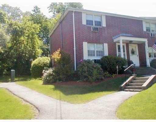 31 Village Green Drive, North Andover, MA 01845