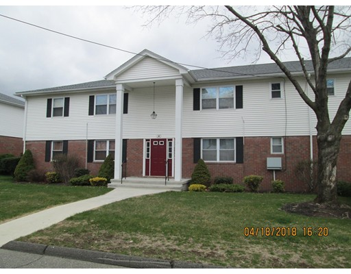 44 Colonial Circle, Chicopee, MA 01020