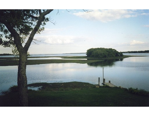 1 Peirces Point, Fairhaven, MA