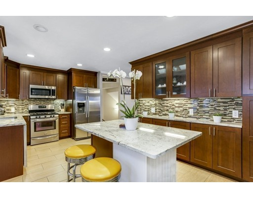 7 Bay State Place, Boston, MA 02127