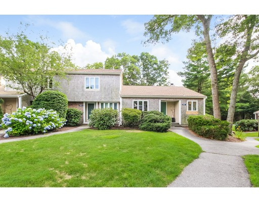 142 Strawberry Meadows, Falmouth, MA 02536